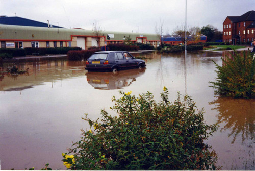 Another car stranded in the floods
